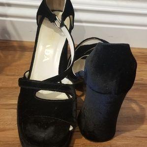 Prada suede open toe pump shoes size 37.5/ 7.5